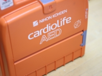 AED(体外式除細動器)